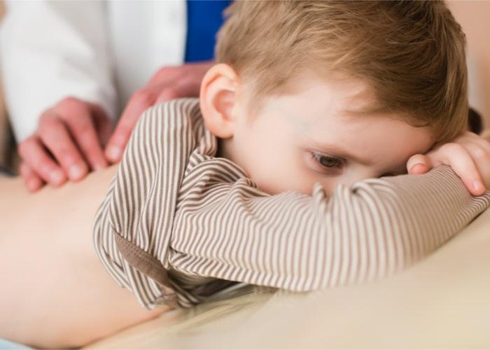 wycięcie migdałków u dziecka